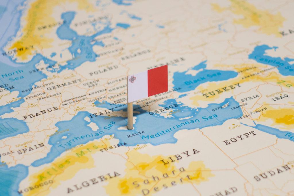 Carte et drapeau Malte