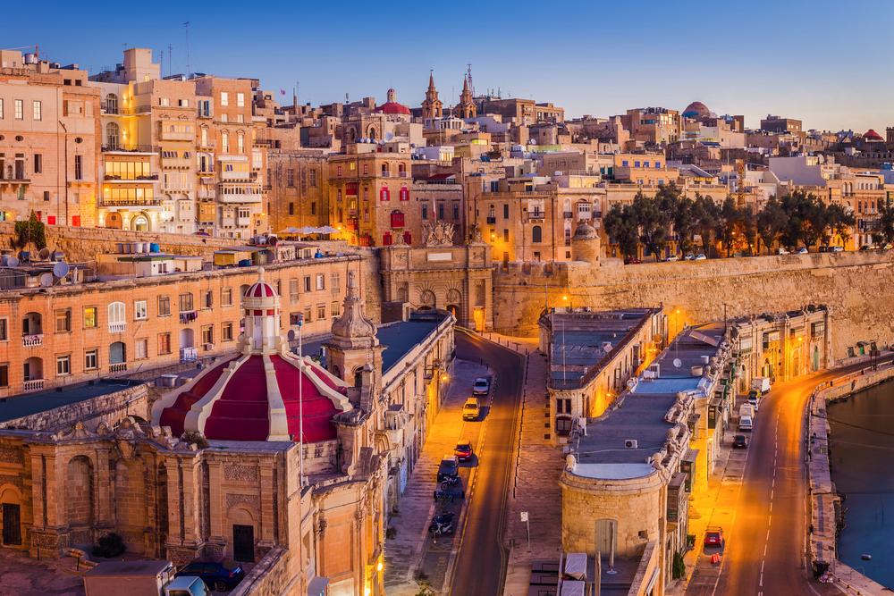 Séjour linguistique à Malte - La Valette au coucher de soleil