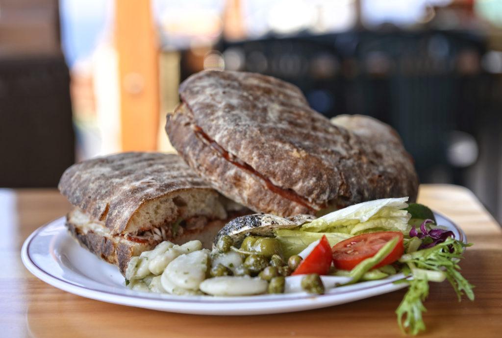 Plat traditionnel maltais - Pain maltais Ftira